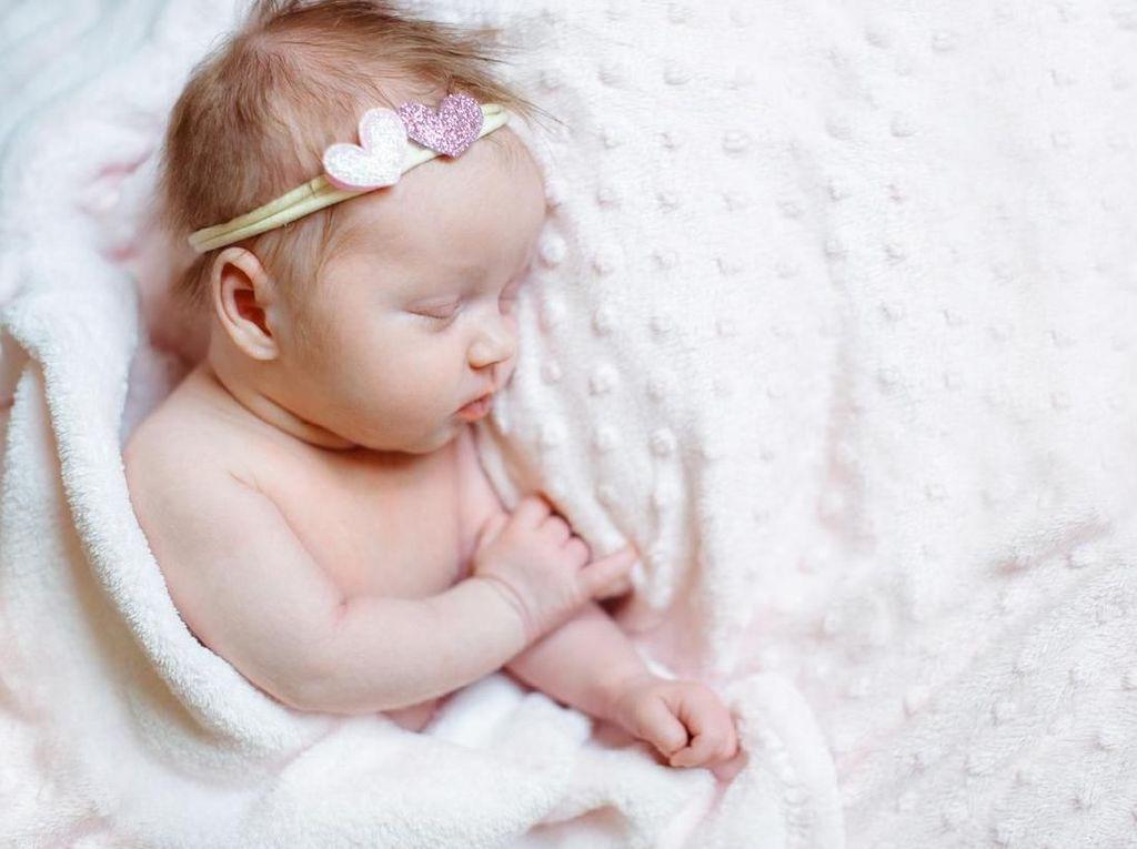 20 Nama Bayi Perempuan Islami Terinspirasi Alam