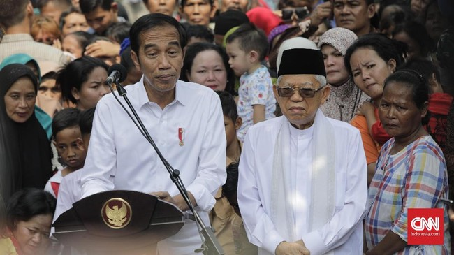 Jokowi juga menyampaikan penghargaannya kepada penyelenggara Pemilu 2019, aparat TNI-Polri, dan para saksi. (CNN Indonesia/Adhi Wicaksono)