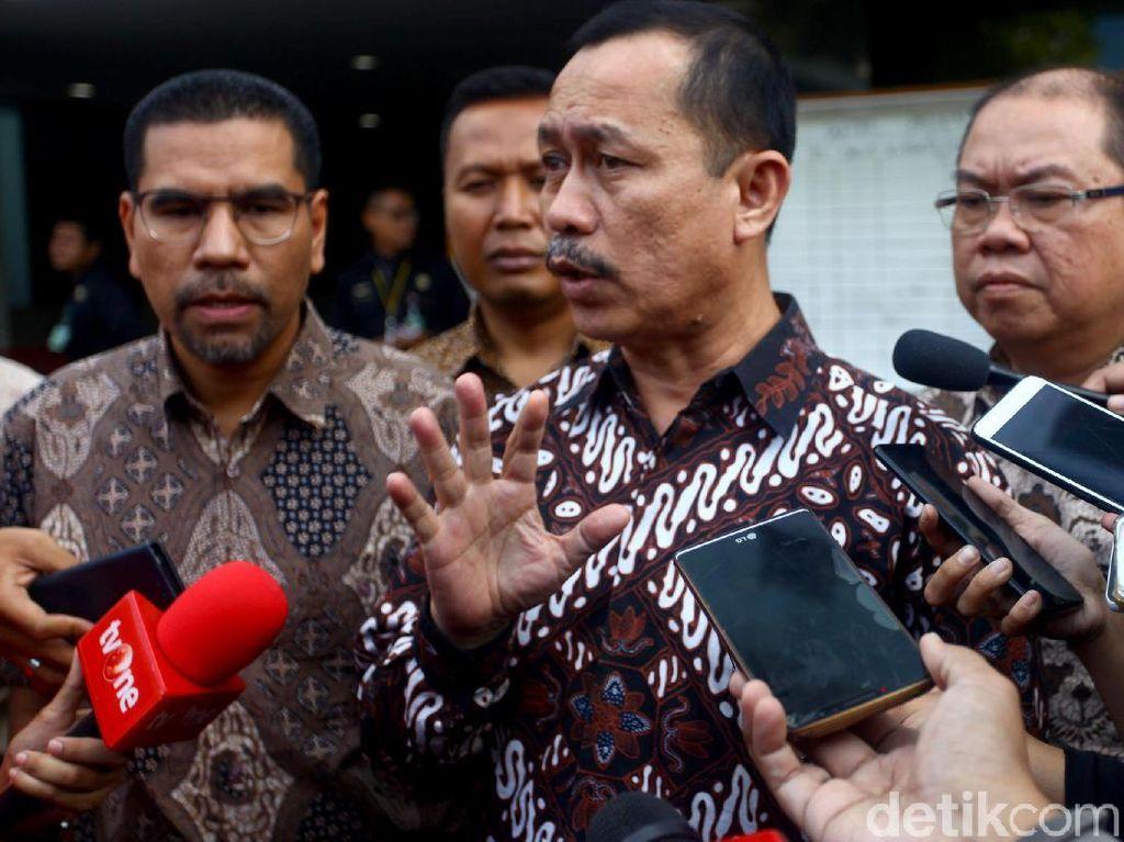 Ketua Komnas HAM Ahmad Taudan Damanik mengatakan kepada awak media bahwa saat ini timnya sedang mendalami kronologi terkait dugaan pelanggaran HAM.