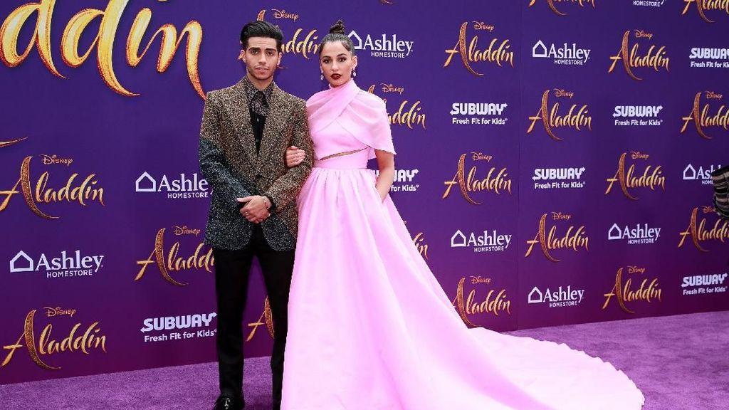 5 Gaya Stylish Naomi Scott, Si Putri Jasmine di Premier Film Aladdin