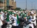 VIDEO: Majelis Zikir Bantu Brimob Tenangkan Massa di Slipi