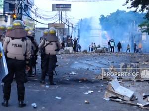 Demo 22 Mei, Massa Kembali Ricuh di Slipi