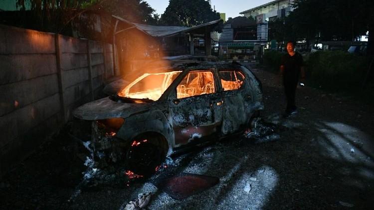 FOTO : Asrama Brimob Petamburan Diserang