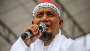 Ustaz Arifin Ilham Meninggal, Seleb Kirim Doa