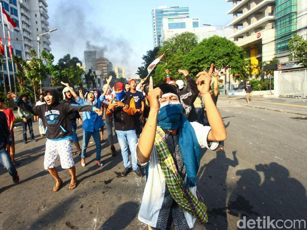 Rusuh Jakarta 22 Mei, Psikolog Bagikan Tips Agar Tidak Resah
