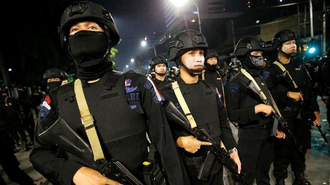 Polisi Temukan Batang Besi di Rombongan Demo ke Jakarta