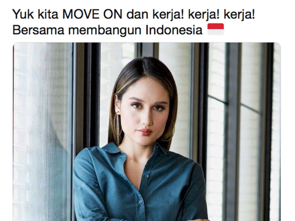 Cinta Laura mengajak para masyrakat untuk move on dan tak bekerjasama membangun Indonesia.Dok. Twitter/xcintakhielx