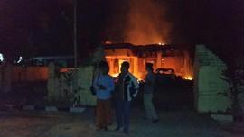 Kerugian Pembakaran Mapolsek di Sampang Capai 700 Juta