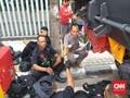 Harum Sekuntum Mawar untuk Pak Polisi dan Tentara usai 22 Mei