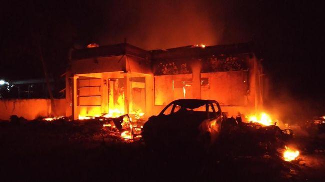 Polisi: Ada 21 Buron Kasus Pembakaran Polsek, Termasuk Habib