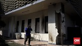 Gedung Bawasluikut menjadi korban perusakan oleh massa anarkistisdi seputar aksi 22 Mei. (CNN Indonesia/Hesti Rika)