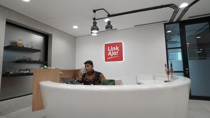 PT Fintek Karya Nusantara (Finarya) atau LinkAja memperluas layanannya sebagai dompet digital yang bisa digunakan untuk berbagai kebutuhan.