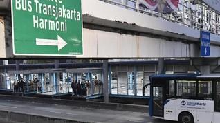 Transjakarta Tak Terima Tunai, Penumpang Wajib Punya e-Money