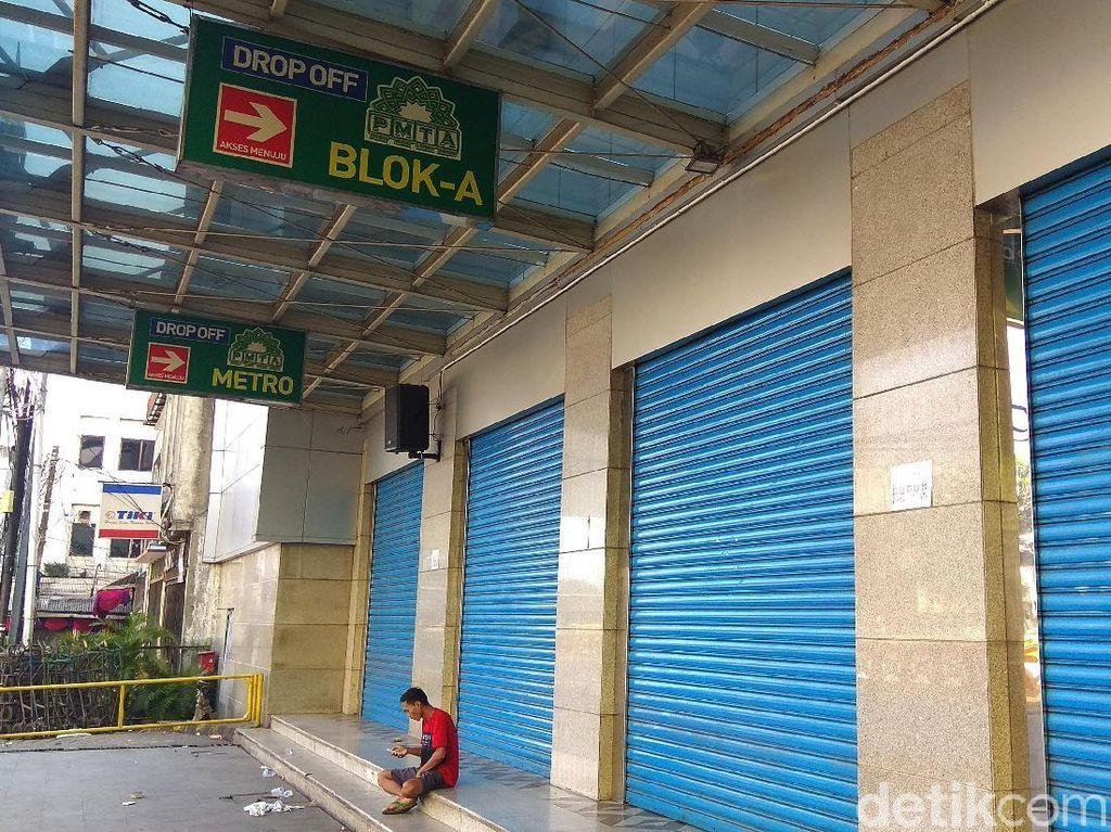 Pasar Tanah Abang terpaksa tutup lantaran kondisi di lapangan yang belum kondusif.