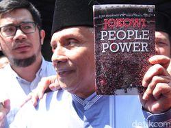 Tulis Surat Terbuka, Istri Penulis 'Jokowi People Power' Protes Amien Rais