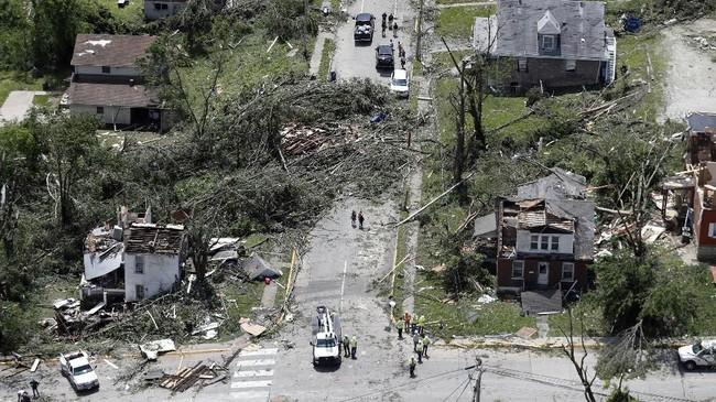 Dengan demikian, total tujuh orang tewas dalam serangkaian bencana alam akibat cuaca buruk di kawasan tengah Amerika ini. (AP Photo/Jeff Roberson)