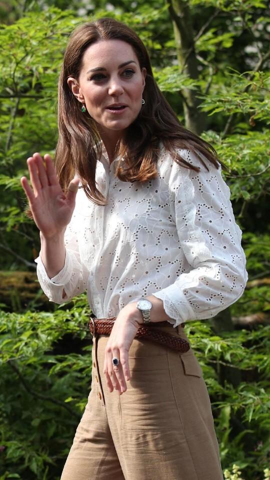 Foto: Saat Kate Middleton Suka Tampil dengan Plaster, Bikin Netizen Bingung