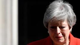 Berderai Air Mata, PM Inggris Umumkan Hari Pengunduran Diri