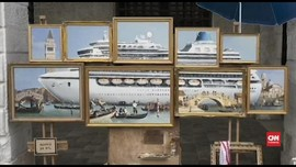 VIDEO: Muncul di Tengah Kota, Banksy Sindir Turisme Venesia