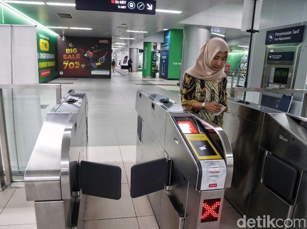 Namun, MRT kembali dibuka dan beroperasi normal mulai Jumat (24/5/2019) pagi ini.