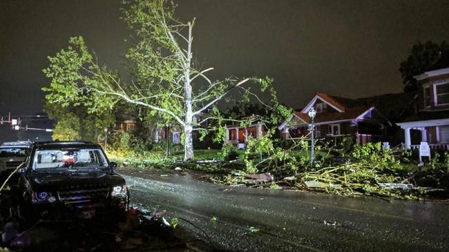 Meski demikian, warga Missouri masih dihantui banjir yang diperkirakan bakal menerjang wilayah mereka menjelang akhir pekan. (Stechshultsy via AP)