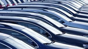 Bea Balik Nama Kendaraan DKI 12,5 Persen Berlaku Bulan Depan