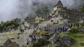 Di tempat ini turis bisa melihat lebih jelas konstruksi bangunan karya Kerajaan Inca pada masanya. Semuanya dibangun dari batu tanpa tambahan semen atau apapun.