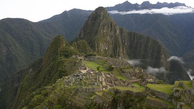 Tak sedikit orang yang memasukkan peninggalan bangsa Inca di Peru ini dalam daftar impian untuk liburan.
