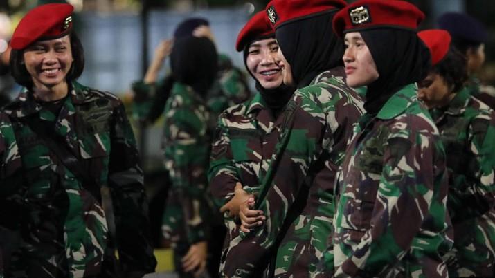 DPR Minta Sri Mulyani Naikkan Gaji Pokok TNI
