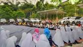 Loyalis Terios-Rush Rangkul Yatim Piatu di Bogor