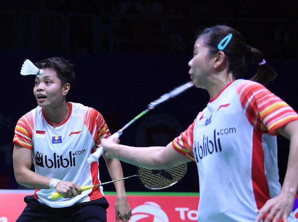 Greysia Polii/Apriyani Rahayu memperpanjang napas Indonesia di perempatfinal Piala Sudirman 2019. Greysia/Apriyani menang dan membuat kedudukan 2-2 dengan Taiwan.