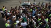 Sejumlah tokoh dan pejabat tinggi negara menyambut jenazah Arifin Ilham seperi Kapolri Jenderal Tito Karnavian, Ketua MPR Zulkifili Hasan, dan Gubernur DKI Jakarta Anies Baswedan.(ANTARA FOTO/Deka Wira/sgd/nz)