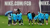 Barcelona menjalani persiapan jelang menghadapi laga final ke-40 di ajang Copa del Rey. (REUTERS/Albert Gea)