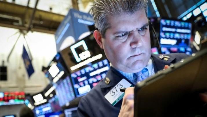 Musim Laporan Keuangan Tiba, Wall Street Ditutup Menguat