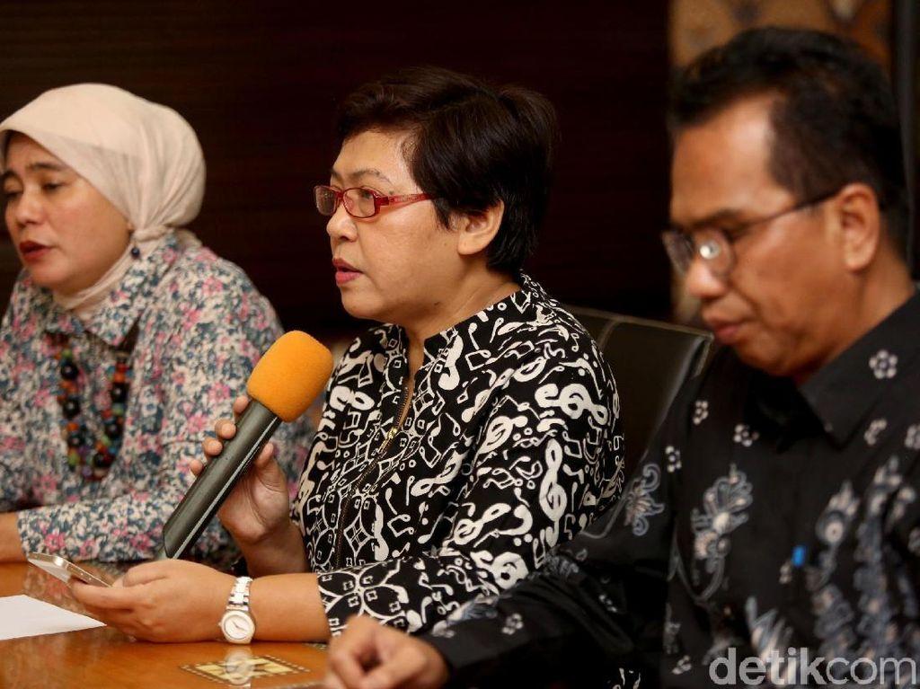 Dalam keterangan pers tersebut 10 mantan komisioner Komnas HAM mendukung pemerintah untuk mengusut tuntas dan mengungkap dalang kerusuhan 21-22 Mei.