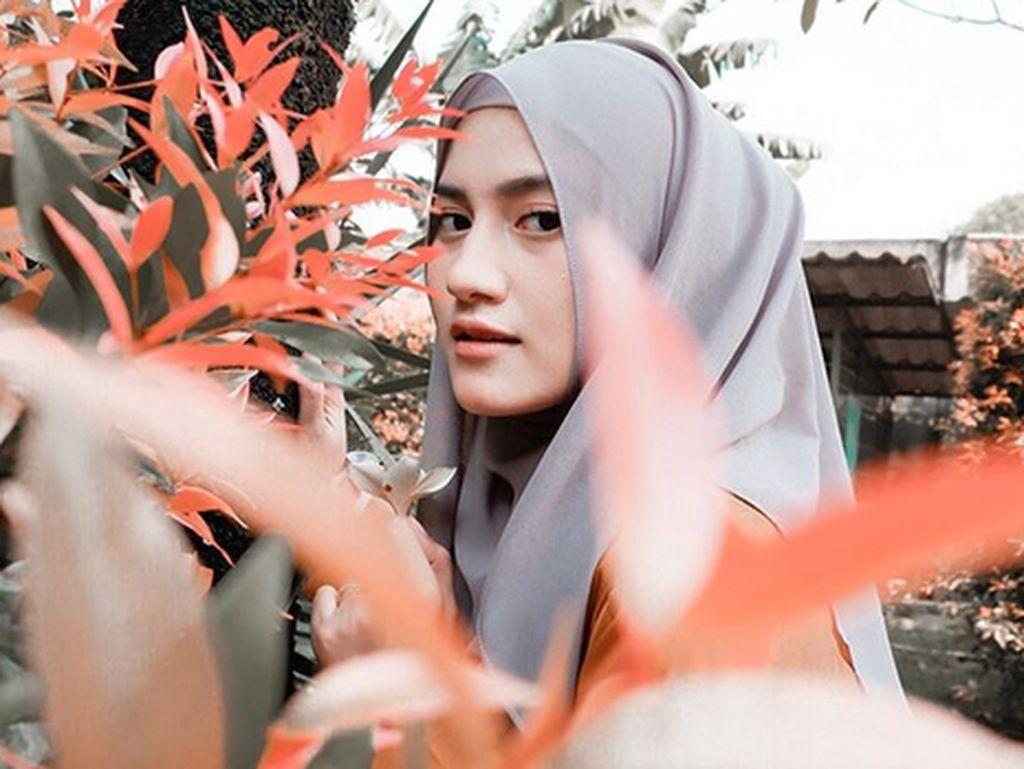 Silvia Anggraini merupakan aktris kelahiran Medan, 22 tahun yang lalu. Foto: Instagram Silvia Anggraini