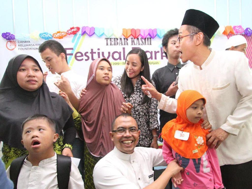 Sejak 2013, Herbalife Nutrition Indonesia melalui Herbalife Family Foundation telah menyalurkan total donasi sebesar USD 140 ribu kepada Rumah Autis.