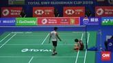 Serangan-serangan Anthony Ginting sukses merepotkan Kento Momota di sepanjang laga berlangsung. (CNN Indonesia/Putra Permata Tegar)