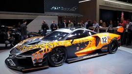 Ronaldo Pamer Mobil Baru Seharga Rp13,7 Miliar