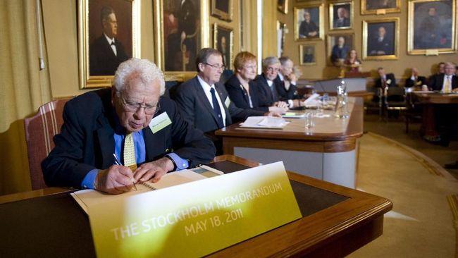 Peraih Nobel Fisika Murray Gell-Mann Tutup Usia