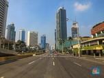Masih Ditutup Polisi, Ruas Jalan Thamrin Kosong Melompong