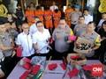 Polisi Dalami Aksi Penjarahan Saat Pembakaran Polsek Sampang