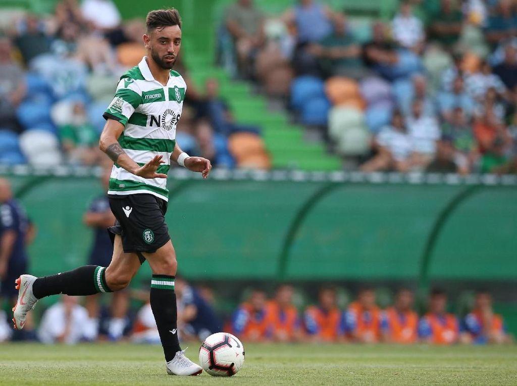 Bruno Fernandes bisa jadi alternatif lain MU untuk wajah baru di lini tengah. Gelandang berusia 24 tahun itu tampil apik bersama Sporting CP pada musim 2018/2019 dengan mencetak 32 gol dan 18 assist di semua kompetisi. Foto: Gualter Fatia/Getty Images