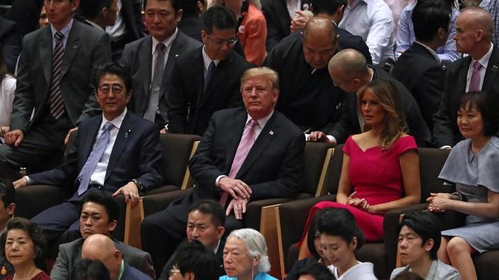 Kunjungan Presiden Trump ke Jepang pada Minggu (26/05) menunjukkan kekuatan hubungan Jepang-AS dan berdiskusi tentang dua negara ini.