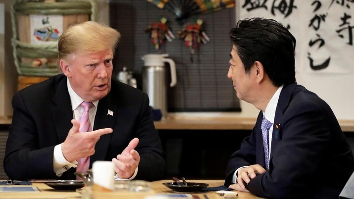 AS dan Jepang kini tengah melakukan pembicaraan perdagangan yang pelik di tengah upaya pemerintahan Trump menurunkan defisit perdagangannya.