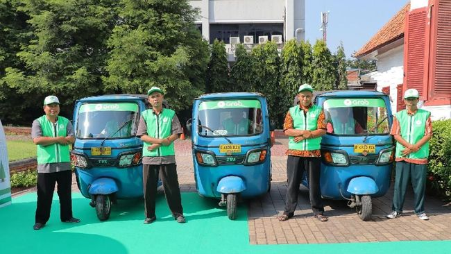 Setelah Mobil dan Motor, Grab Kini Rambah Bajay <i>Online</i>