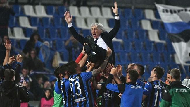 Atalanta akhirnya memenangi pertandingan atas Sassuolo 3-1 berkat satu tambahan gol dari Mario Pasalic di menit ke-65.Pelatih Gian Piero Gasperini menjadi salah satu kunci kesuksesan Atalanta ke Liga Champions musim depan. (Paolo Magni/ANSA via AP)