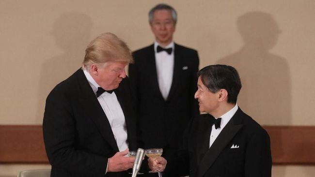 Trump Jadi Pemimpin Pertama yang Bertemu Kaisar Baru Jepang