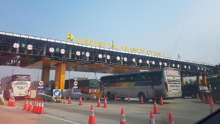 Gerbang Tol Cikampek Utama (CNBC Indonesia/Sasa)
