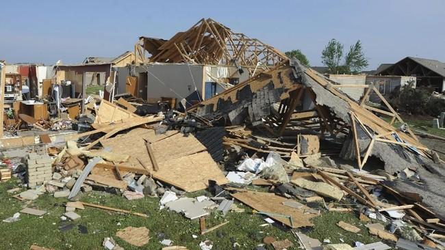Setelah menghantam Ohio, tornado itu diperkirakan akan bergerak menyapu setidaknya tujuh negara bagian lainnya di AS. (Dan Melograna/Daily Standard via AP)